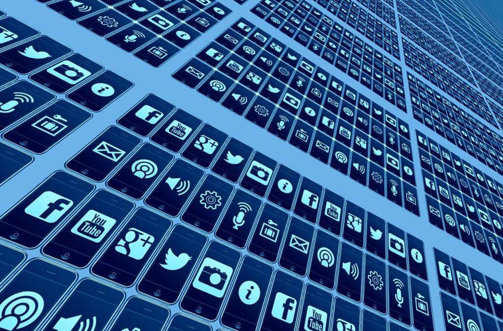 5 estrategias para destacar en las redes sociales