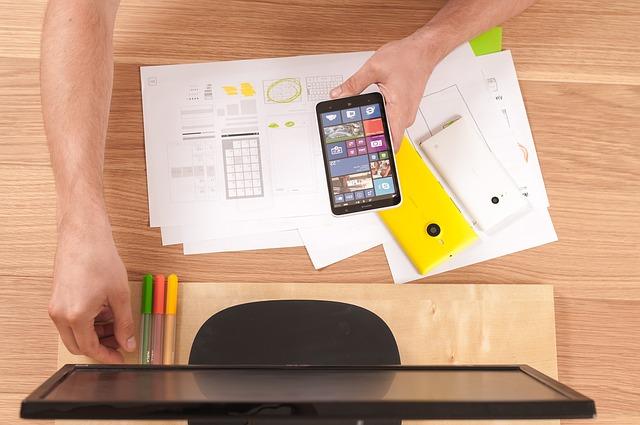 Aprende a influir sobre la decisión de compra de tus clientes con UX
