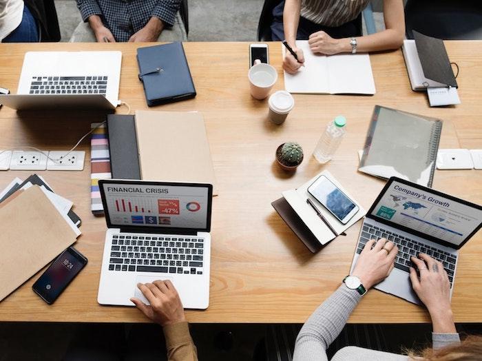 Reúnete con tu equipo de marketing